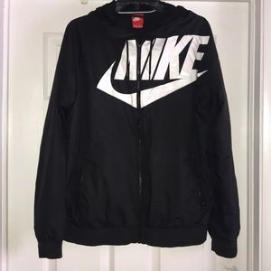 Nike Windbreaker, Black size M US.
